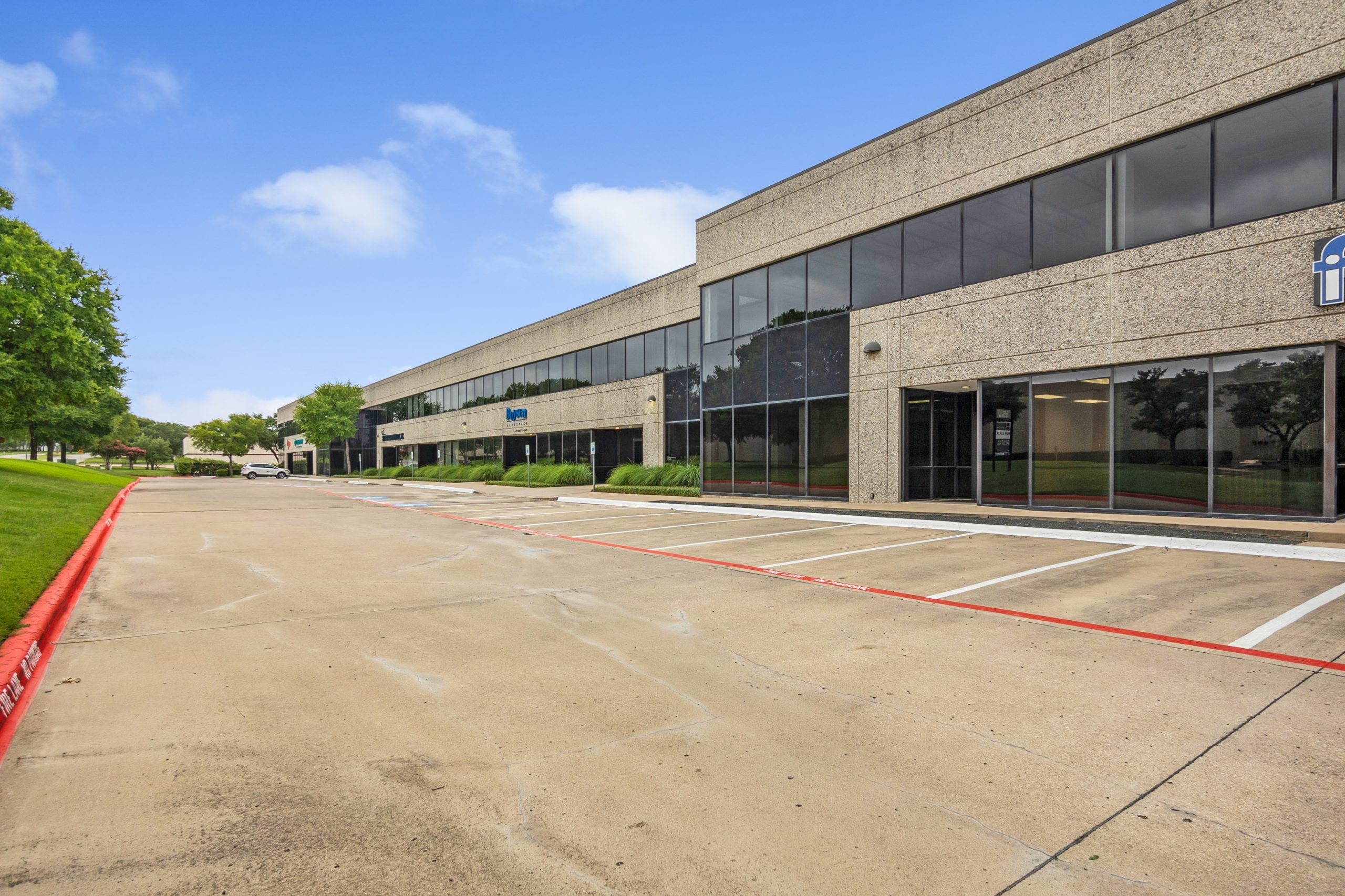 Exterior of Story Business Center Industrial Flex Property in Dallas/Fort Worth Metroplex
